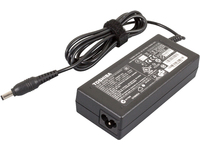 Toshiba AC-Adapter 19V 90W 3-pin  P000508080 - eet01