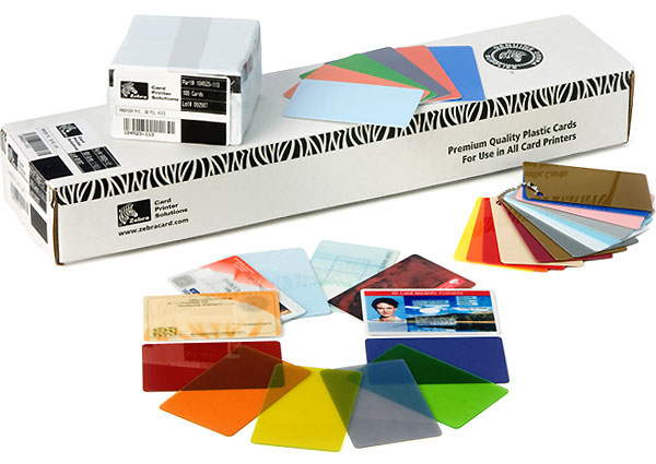 Zebra - Cards                    500pk 30mil Blank Pvc Cards         With Signature Panel                104523-118